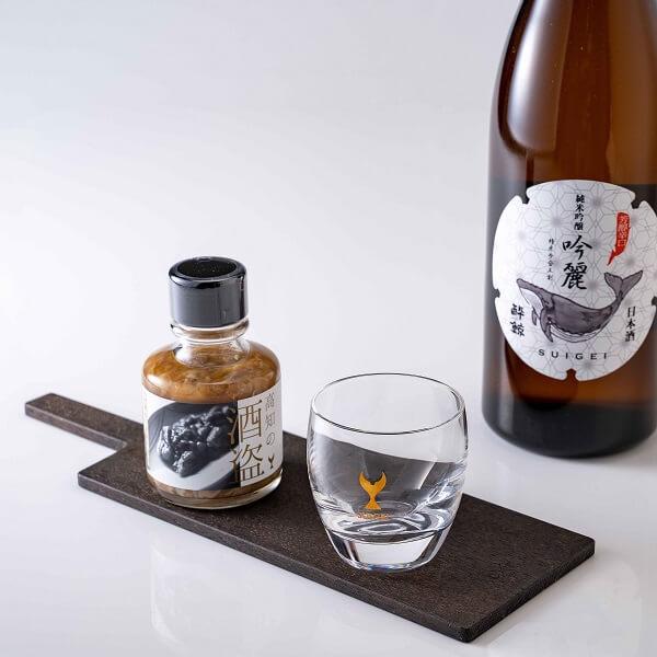 酔鯨 特製 酒盗&酔鯨 純米吟醸 吟麗(SUIGEI MINI GLASS 鯨 付き)¥ 2,620