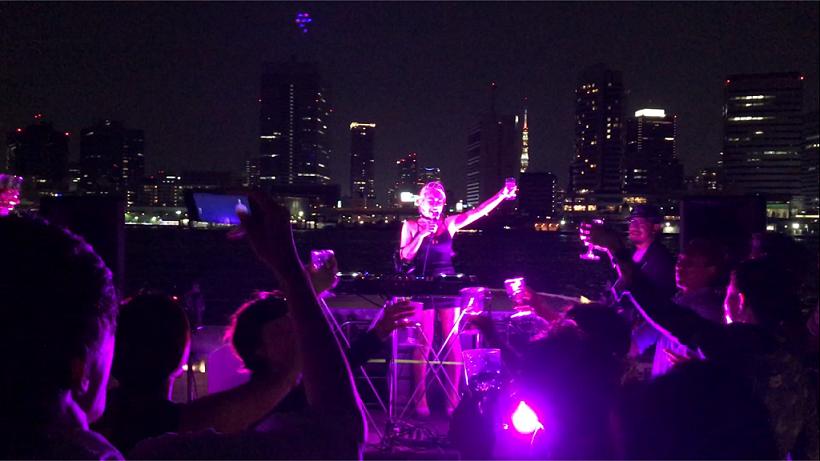 日本酒×東京湾クルーズのクラブパーティ